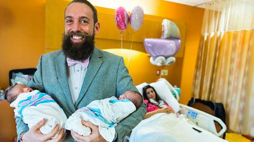 рожать двойню в роддоме