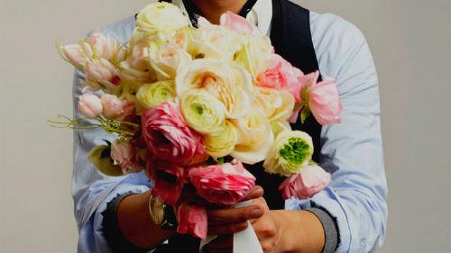 К чему снится покупать цветы живые в подарок 72