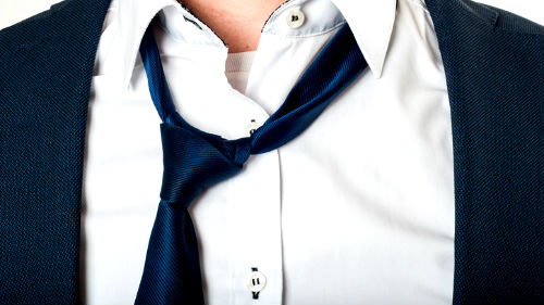 видеть как завязываешь галстучек