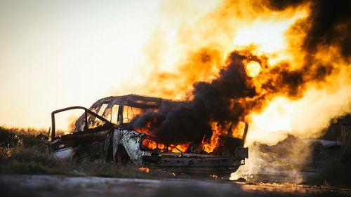 видеть как горит автомобиль