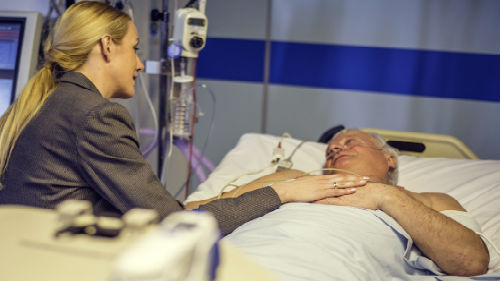 видеть знакомого в больнице