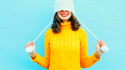 к чему снится желтая одежда