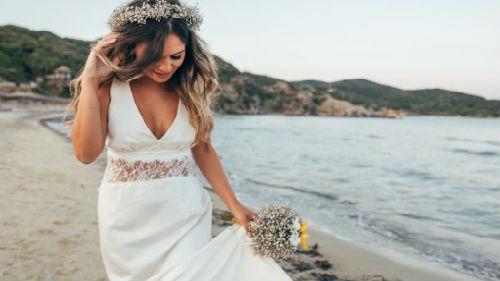 жена друга в образе невесты