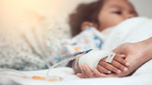 видеть тяжело больного ребенка