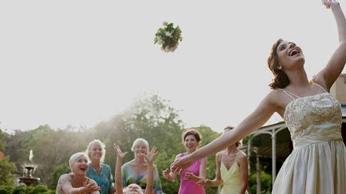 поймать цветы