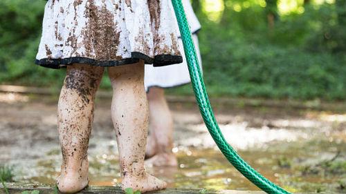видеть грязные ноги