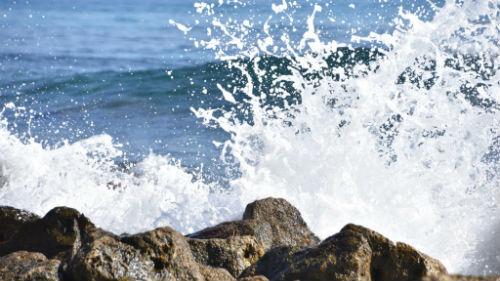 видеть вспененное море