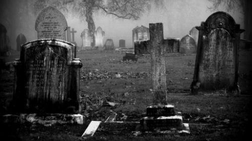 посещать могилки