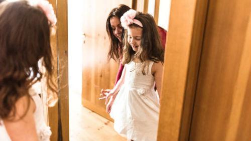 к чему снится одевать ребенка