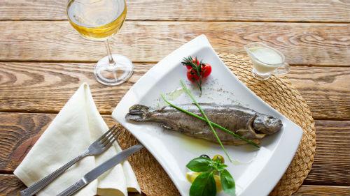 шестая неделя великого поста можно рыбу и вино