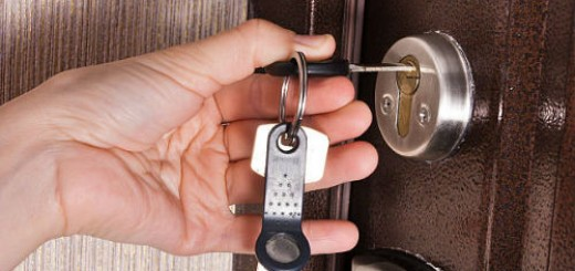 закрывать дверь на ключ во сне