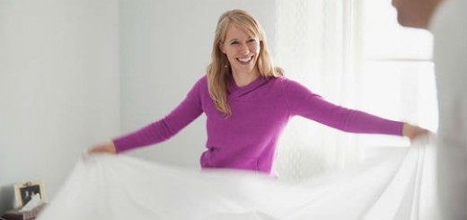 заправлять кровать во сне