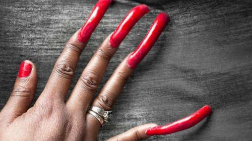 видеть обломанными длинные ногти