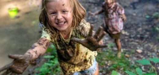 испачкаться в грязи